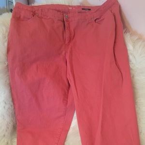 Style & Co pink/coral capri size 22